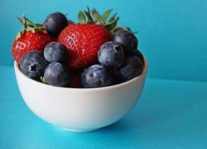 Диетични храни 19 - купа с плодове