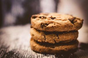 Протеинов шоколад 10 - бисквити с парченца шоколад